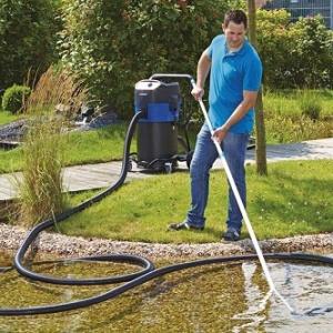 Pond & pool vacuums
